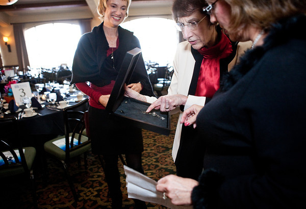 NAWBO Executives Get First Look at Custom NAWBO Necklace Designed for Lynda of Lynda.com